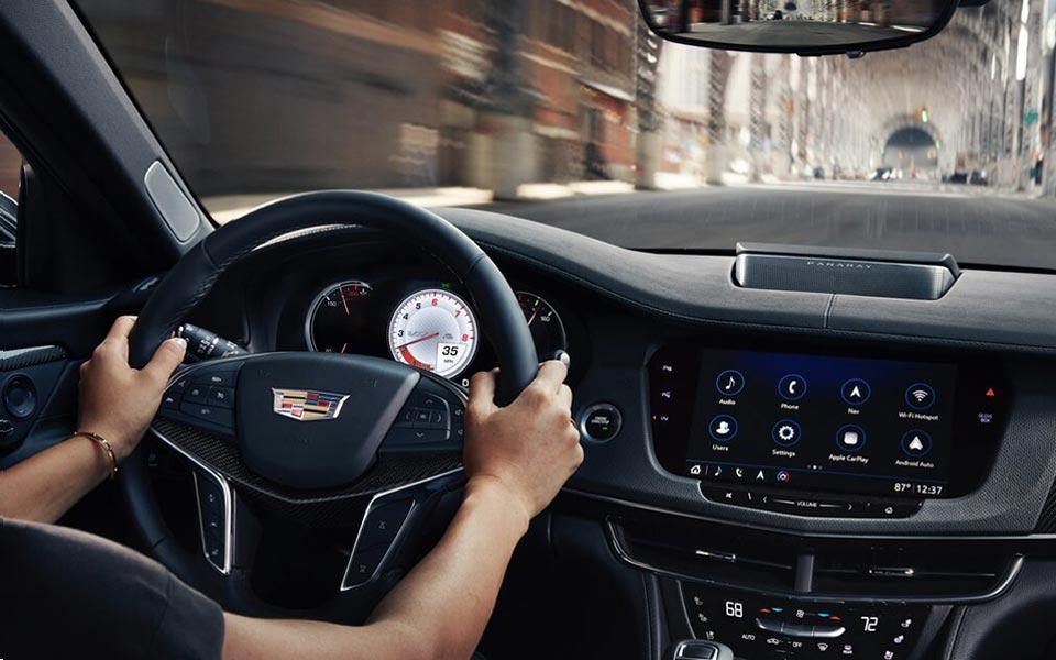 Cadillac CT6 Panel